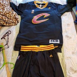 Kyrie Irving jersey set. XL
